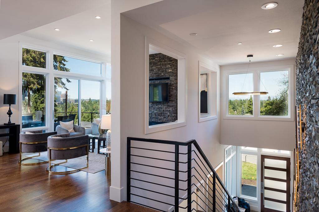 Bellevue Luxury Home Facts